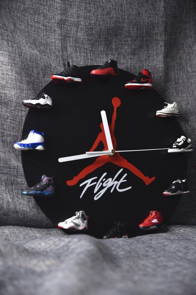 Air Jordan 3D Sneaker Clock with 112 Retros Mini Sneakers