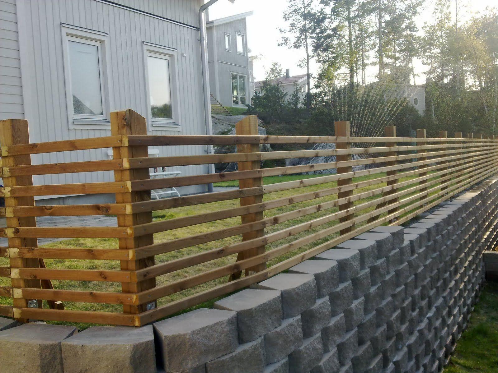 fence ideas Patio garden design, Building a fence, Front