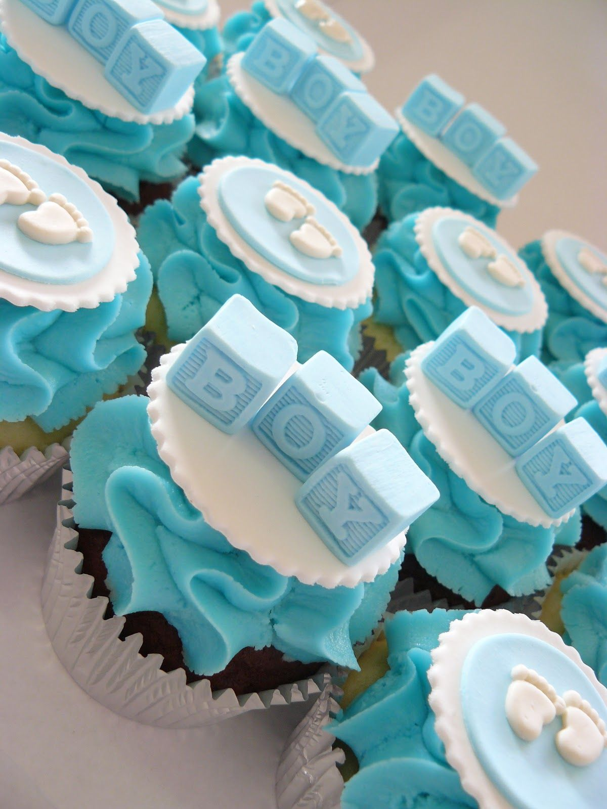 Baby boy cupcakes babyshower Pinterest