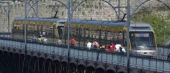 O Metro do Porto é a melhor solução de transporte para os turistas que visitam a cidade