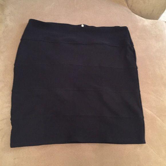 Black Bandage Mini Skirt Back zipper, slight stretch. Juniors XL. Pink Rose Skirts Mini