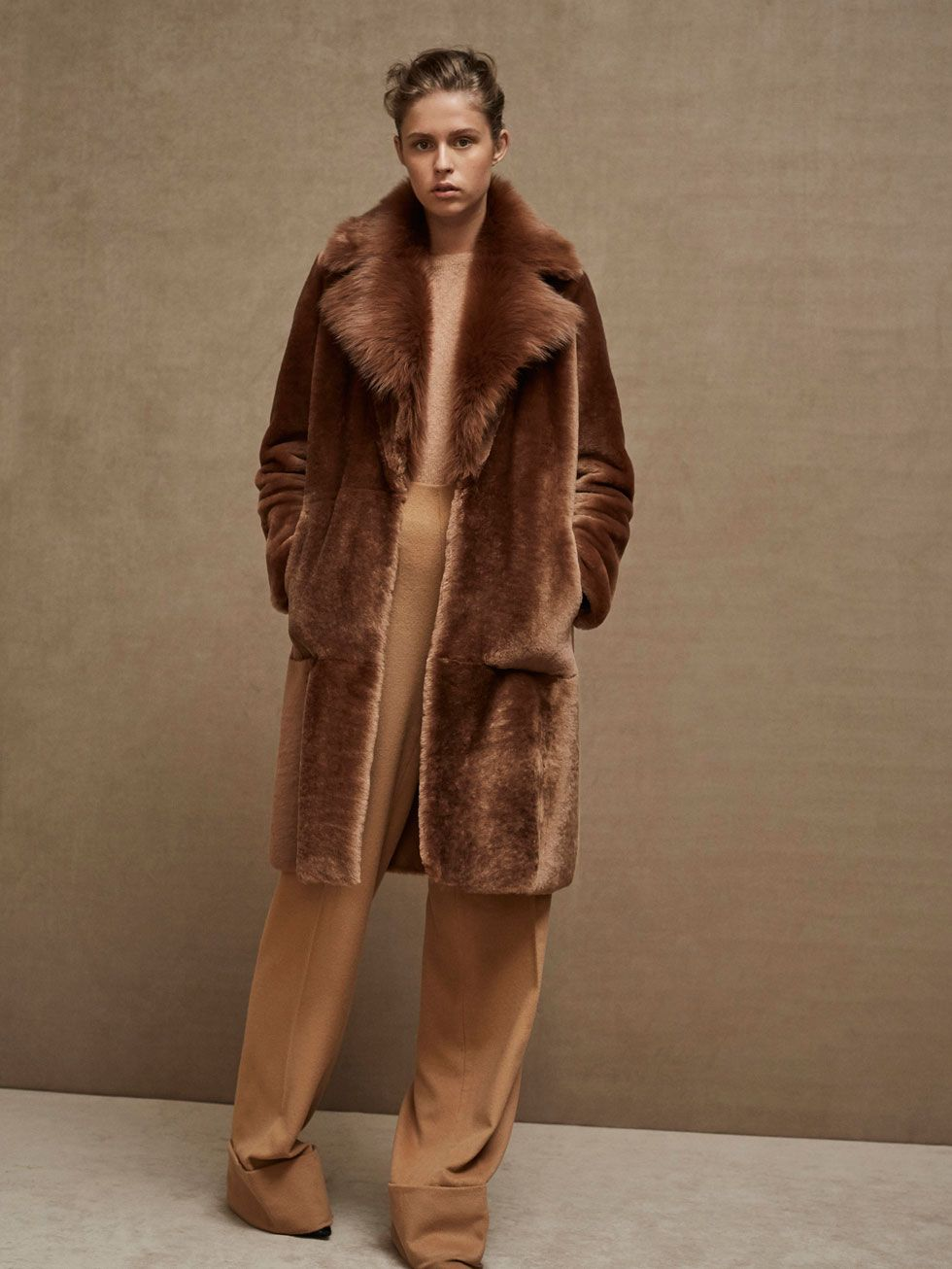 Spring Summer 2017 Women S Limited Edition Lambskin Fur Coat At Massimo Dutti For 899 Effortless Elegance Fur Coat Fashion Fur Coats Women Fur Coat