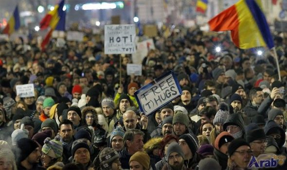 Romanians protest against government plans to weaken…