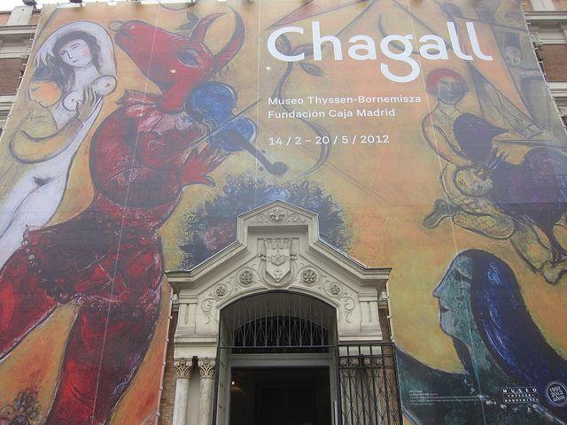 Plaza de San Martín. Sede Fundación Caja Madrid, Exposición Chagall. Madrid by voces, via Flickr