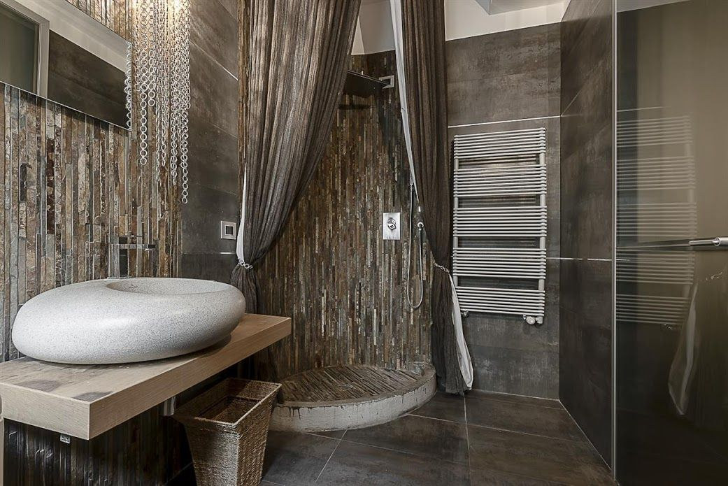 MILANO CENTRAL LUXURY APARTMENT In Milan, Italy.