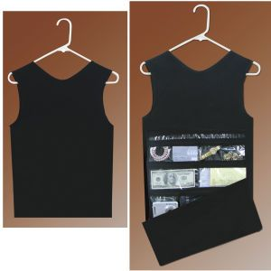 Merveilleux Hanging Closet Safe   The Thieves Probably Wouldnu0027t Steal A Tank Top! From