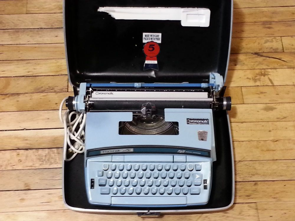 Vintage Smith Corona Super 12 Coronet Electric Typewriter Blue – Works Great!