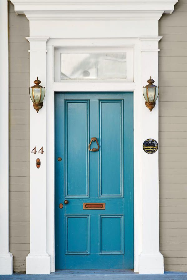 13 Bold Colors for Your Front Door | Bold colors, Front doors and ...