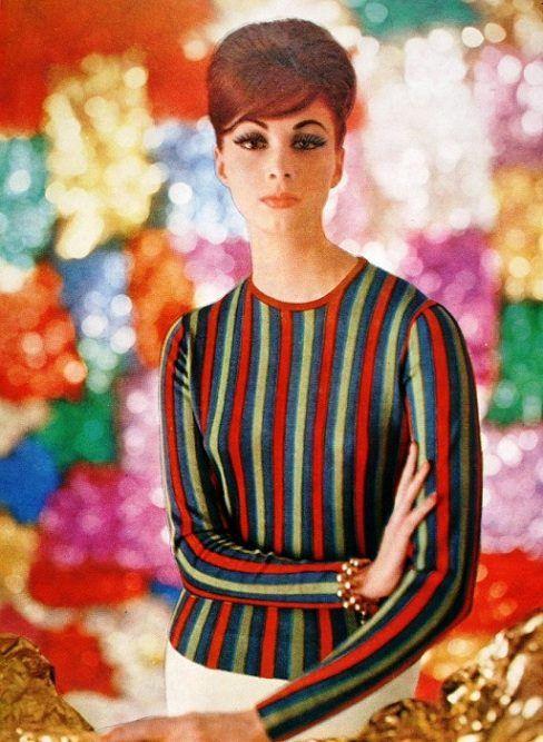 Wilhelmina Cooper wearing Leonard Fashion, photo Roland de Vassal, L'Art et la Mode March 1961
