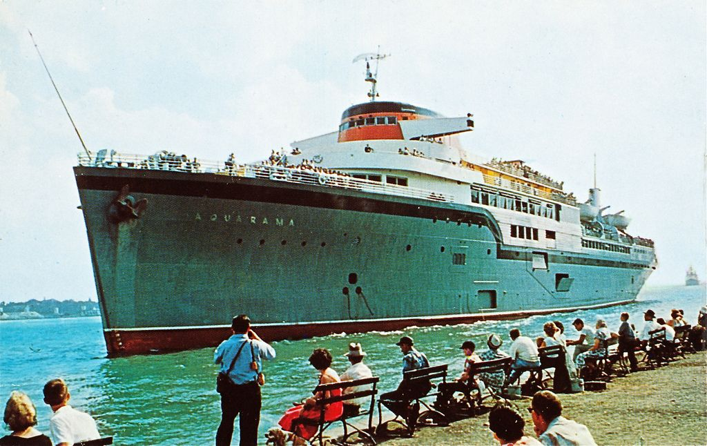 SS Aquarama Detroit | SS Aquarama, formally known as the SS Marine Star, was a World War II troop ship for the United States Navy. In 1952, it was converted into the largest passenger ship ever to operate in the Great Lakes.