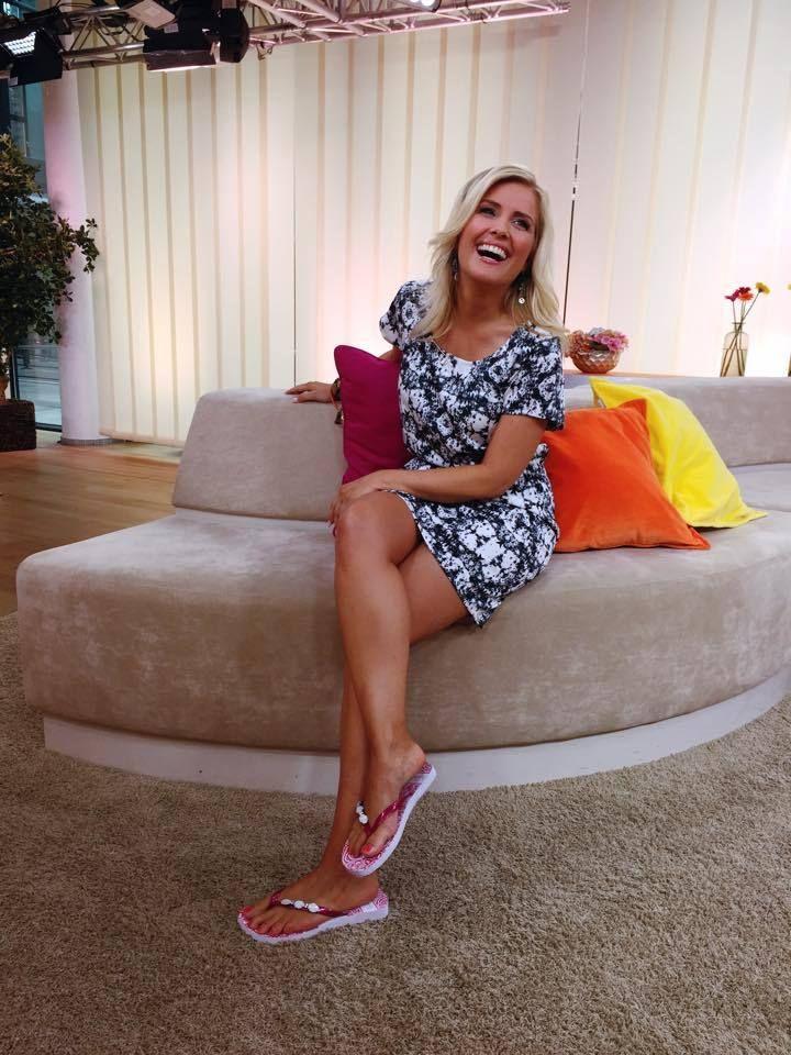 Jennifer Knäble | Clothes design, Women, Fashion