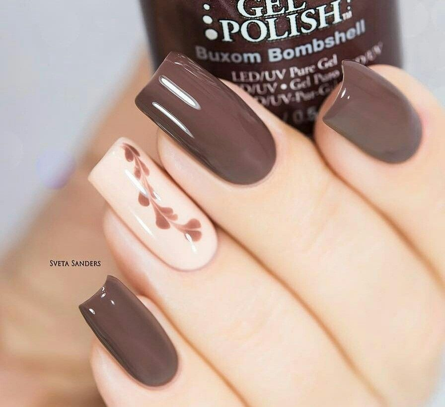 Brown Nail Tan Ring With Leaf Chain En 2020 Uñas Cafes
