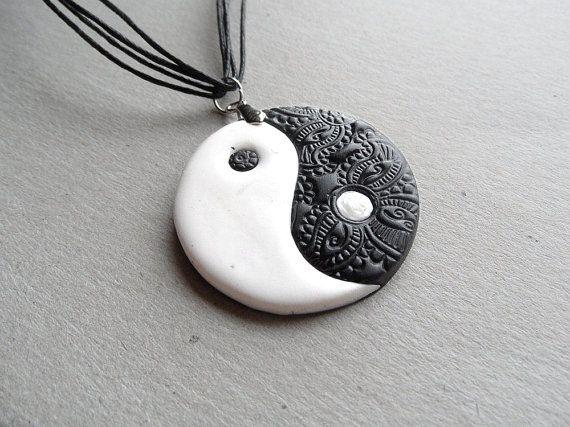 "Pulsera /"" Yin y Yang/"" charm en cerámica"