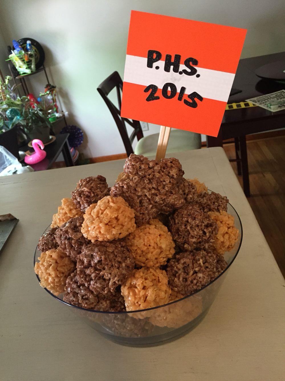 Hennahs graduation Krispie treats:)