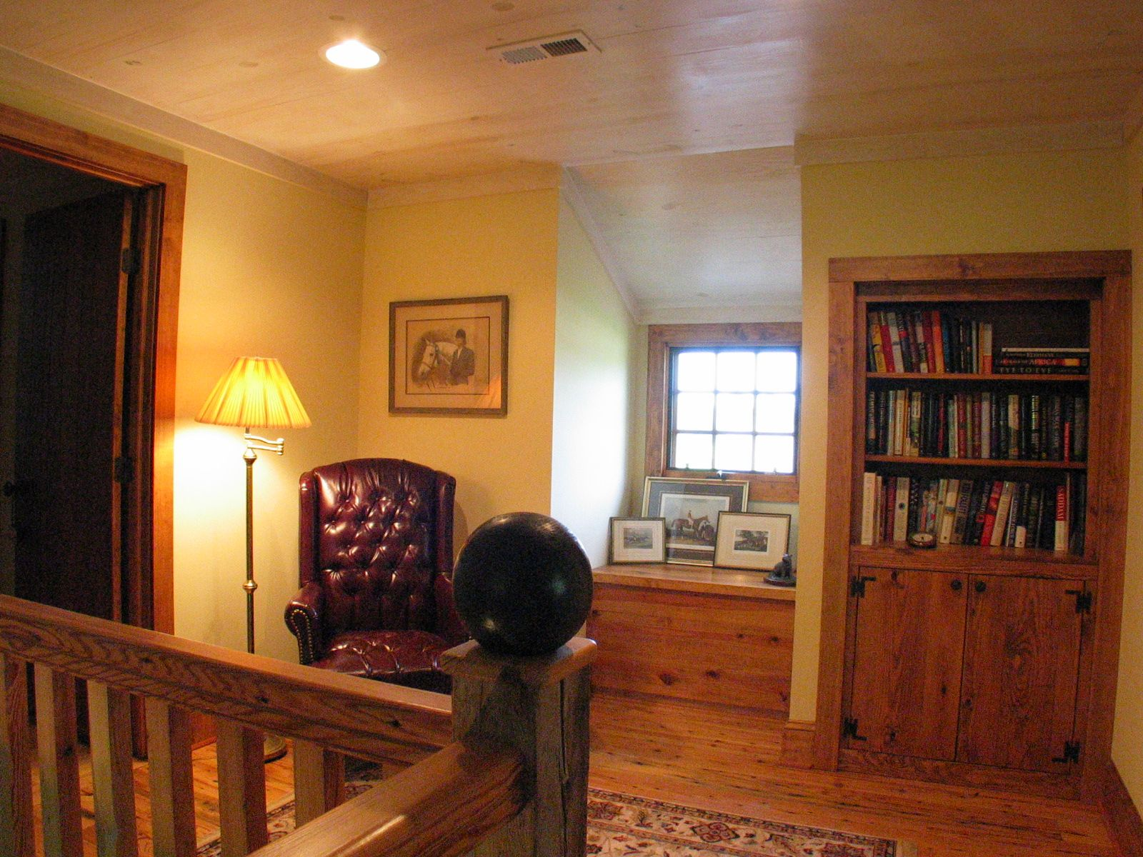 Upstairs Foyer Ideas : Quaint reading spot in the upstairs foyer home ideas