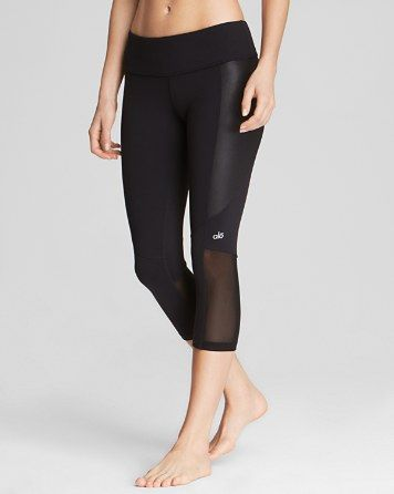 Alo Yoga Illusion 2 Capri Leggings | Bloomingdale's