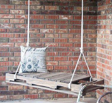 faire une balancelle de jardin en palette pour 40 meubles en palette diy pallet furniture. Black Bedroom Furniture Sets. Home Design Ideas
