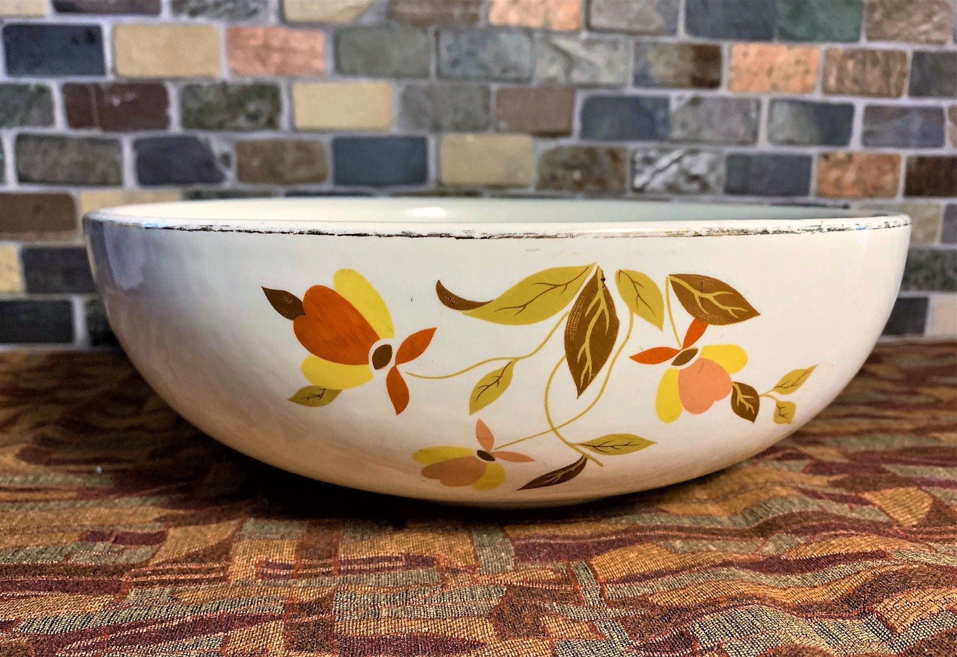 Hall S Superior Autumn Leaf 9 Salad Serving Bowl Etsy In 2021 Fall Dinnerware Autumn Leaves Jewel Tea Dishes
