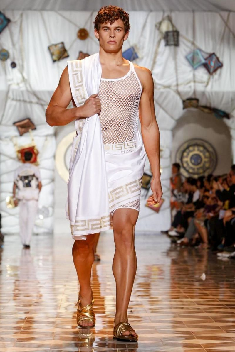 Ancient Greek Inspired Menswear Crete And Greece In 2018 Cudi Men39s Circuit Board Tshirt Black Music Fan T Shirts Clothing
