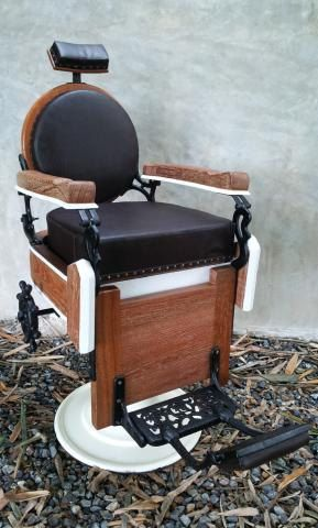The Rare Vintage Barber Chair 70 S By Plicollection On Etsy Barber Chair Barber Vintage Barber