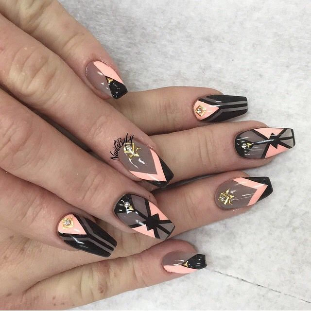 Nails inspiration . - Pin By ♡ ƤнιℓℓʏƉιιиα ♡ On ✬ ℕᎯℐℒℰⅅ ℐᏆ ✬ Pinterest