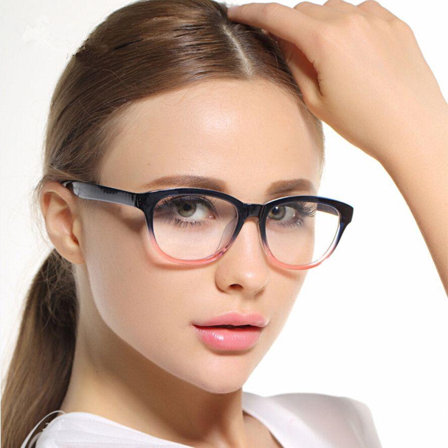 هناك العديد من أنواع النظارات الطبية إذا كان هذه أول نظارة طبية لك فمن الأفضل أن تتعرفي أكثر على الأنواع المختلفة Womens Glasses Womens Glasses Frames Glasses