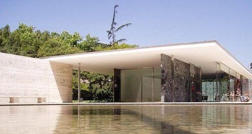 functionalisme gebouw - Een modern gebouw gebaseerd op de functionalistische bouwstijl