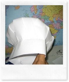 Gorro de cocinero estilo franc s hecho de papel - Delantales y gorros de cocina para ninos ...