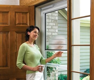 Larson Storm Doors With Retractable Screens Are Perfect For When