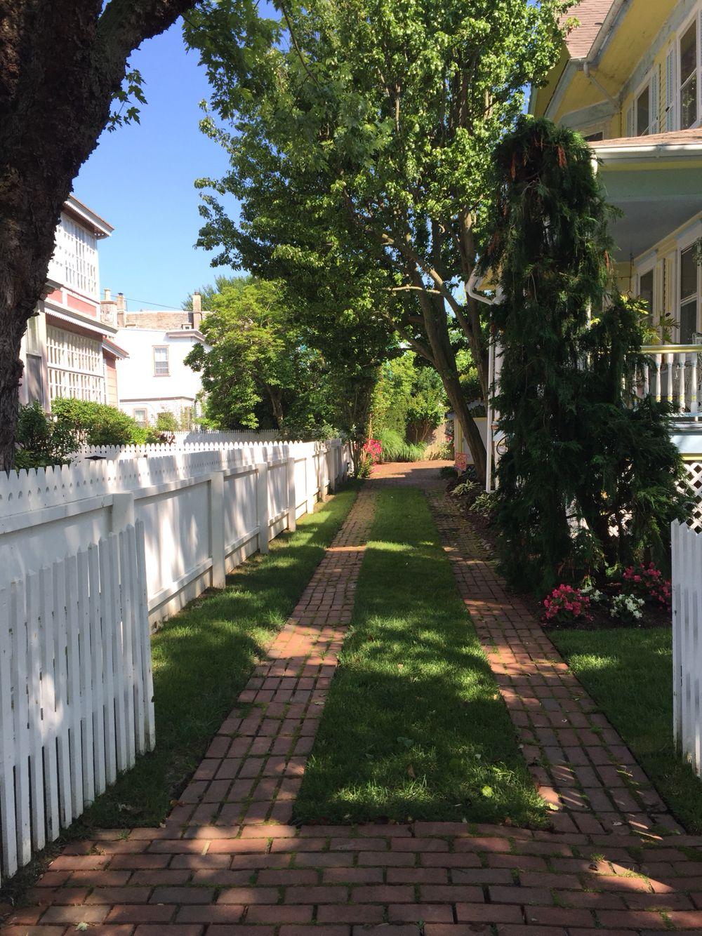 Brick ribbon drive yard pinterest bricks outdoor retreat and