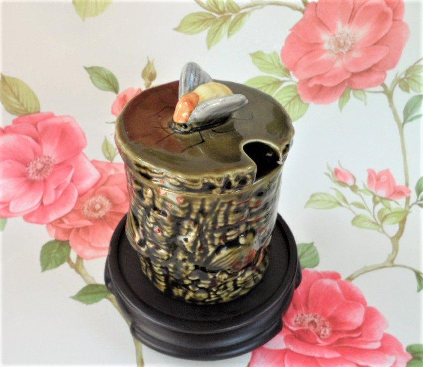 Honey Pot Bee Motif Secla Portuguese Kitsch Majolica Vintage Home Decor House Wares