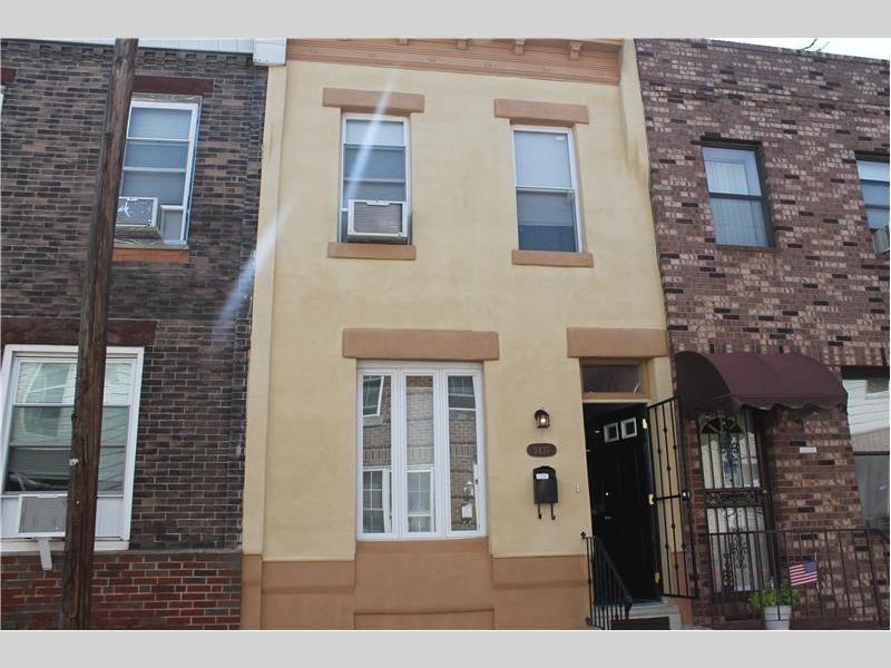 2437 South Darien Street Philadelphia Pa 19148 Philadelphia Apartment Apartments For Rent Apartment