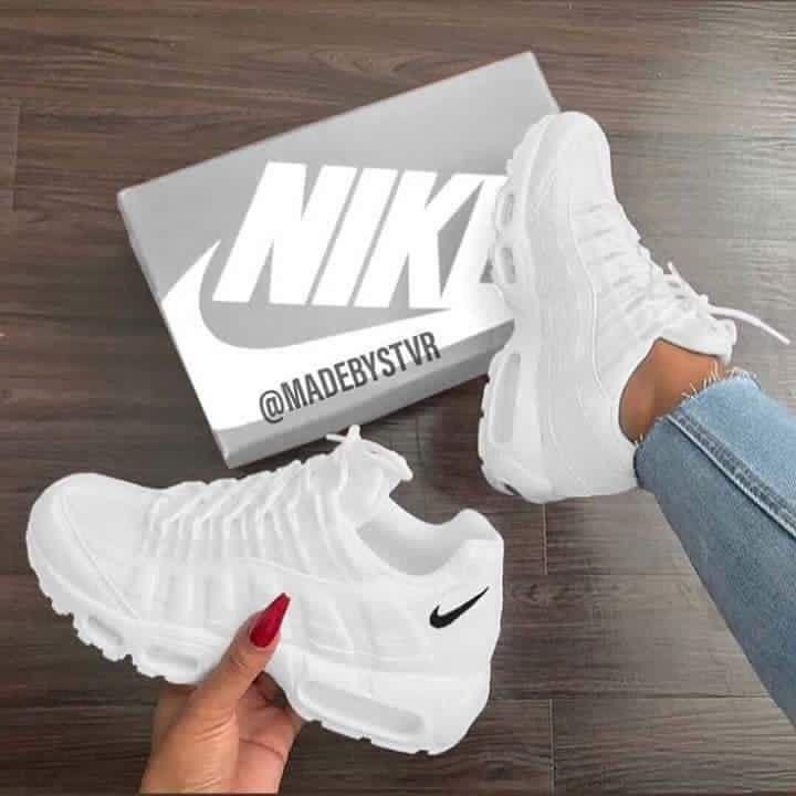 Sneakers Womens Nike Air Max 95 White | Tenis sapato