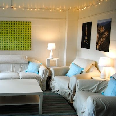 We Love This Simple Yet Fun Common Room Get Preppy College Dorm