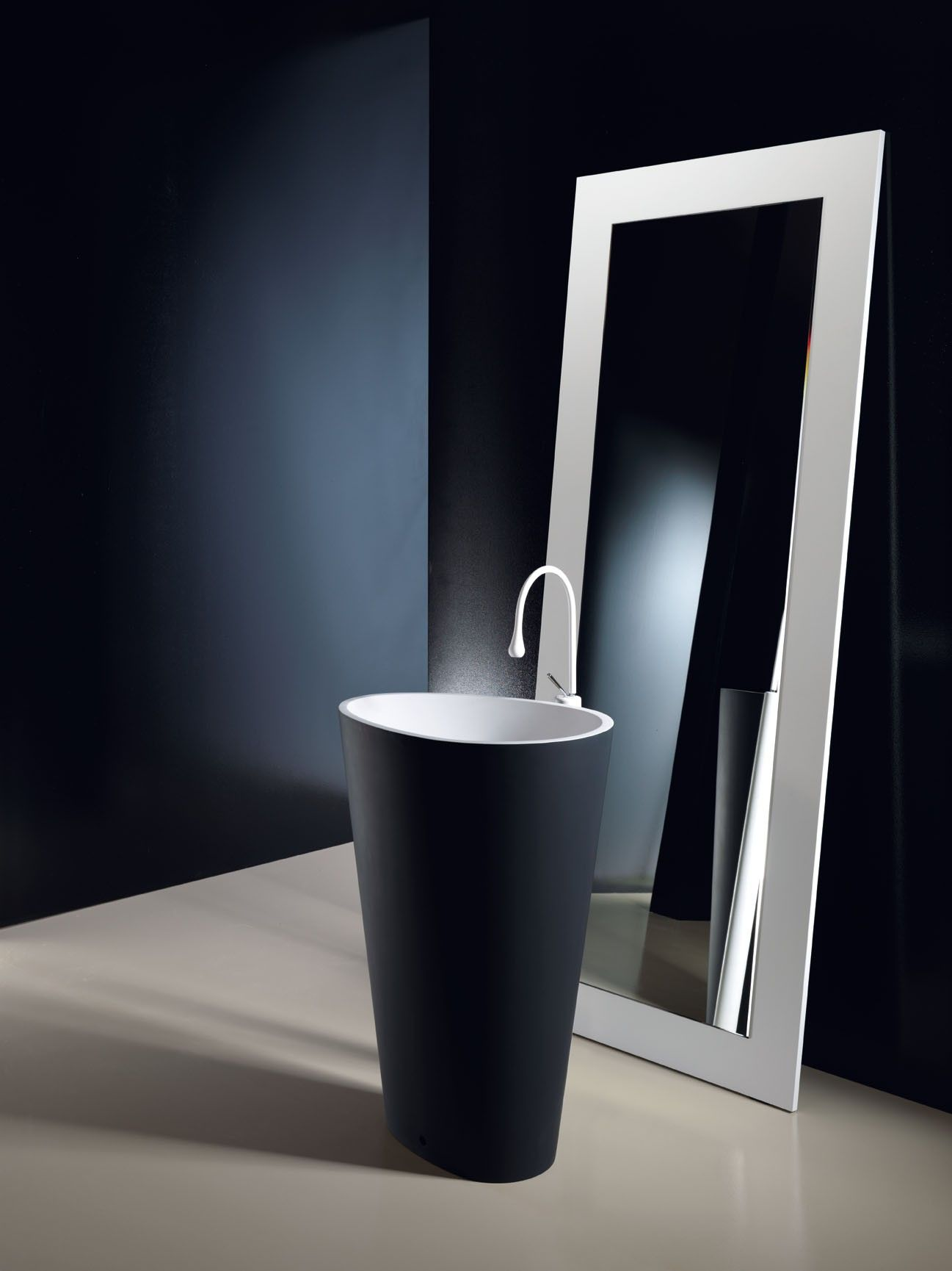 Mastella Design Body Free Standing Basin Wash Basin Contemporary Sink Bathroom Solutions