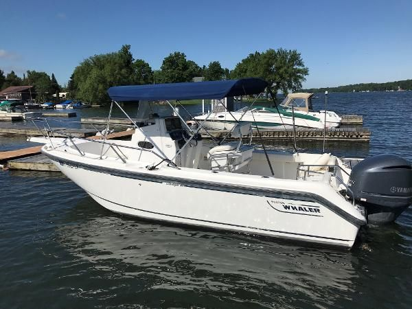 2000 Boston Whaler Outrage 210 Clayton New York Boats Com Boat
