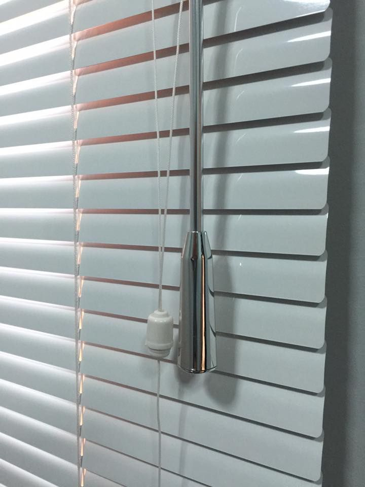 Venetian Blinds In Dubai For Office Windows Office
