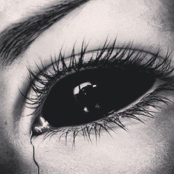 Black sclera eye contacts. NEEEEDDD