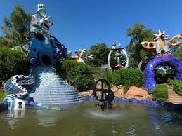 """Niki Saint Phalle Toscane"" le jardin des tarots, la cascade"