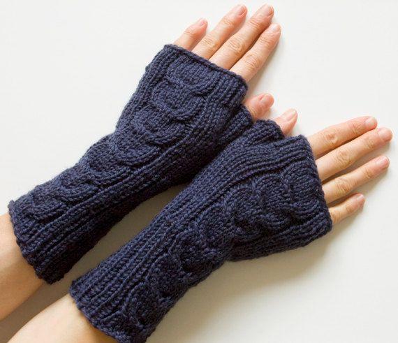 Fingerless Mittens 100% Merino Long Cabled por SCHandmade en Etsy