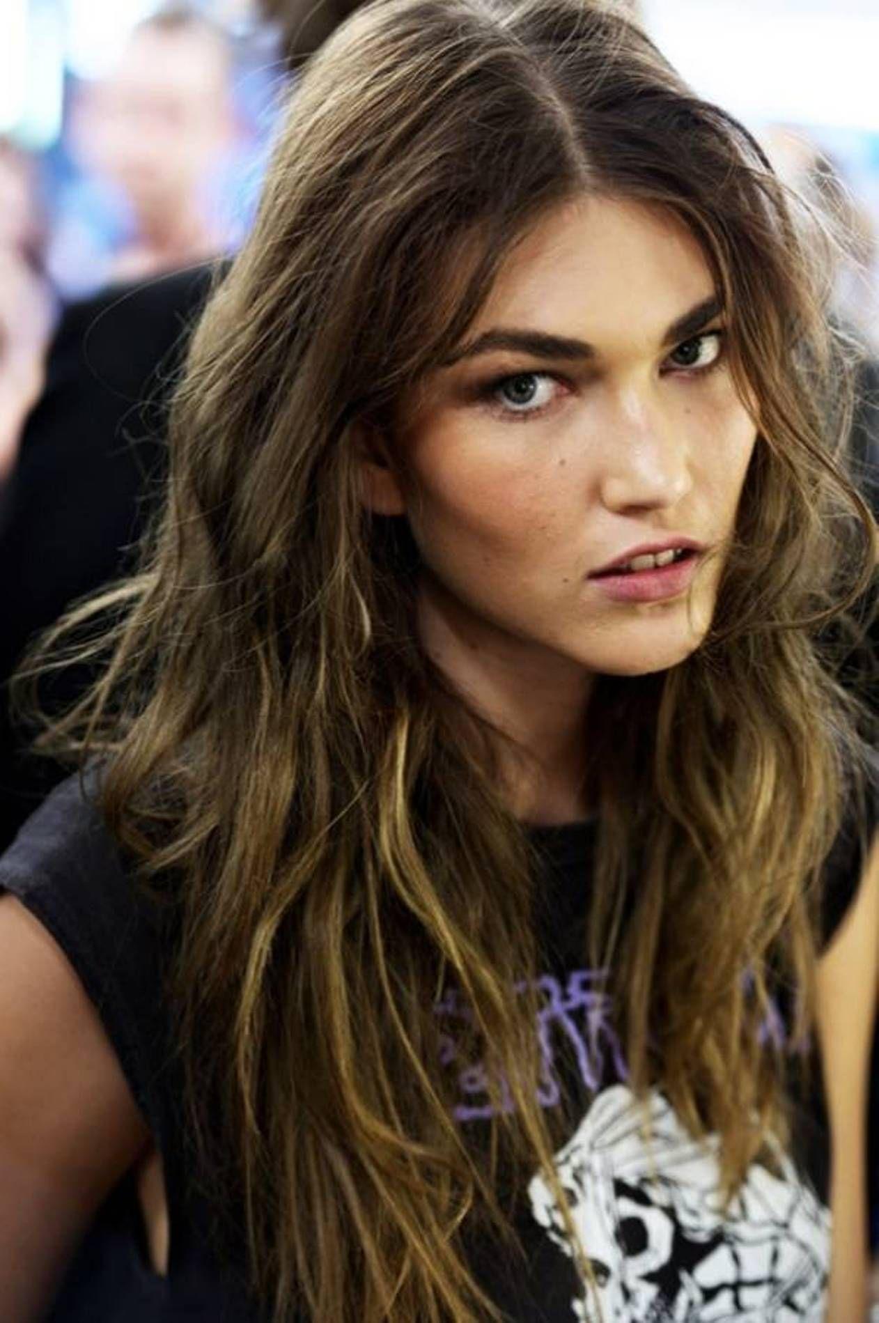 long messy rocker hairstyles for women  Rocker hair, Long messy