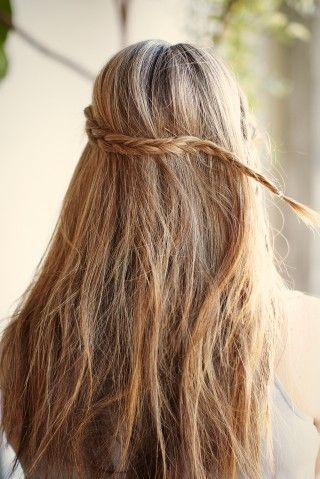 Pin By Gianna Galioto On Pretty Messy Hairstyles Easy Hairstyles Hair Styles