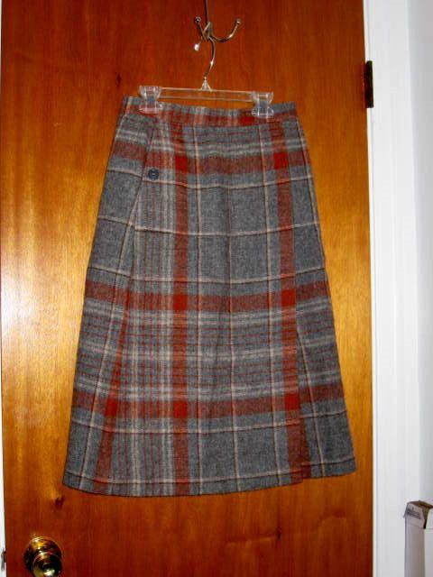 e3b606e51 Vintage Wool Plaid Skirt Made in France Sz 10   Skirts marvelous ...