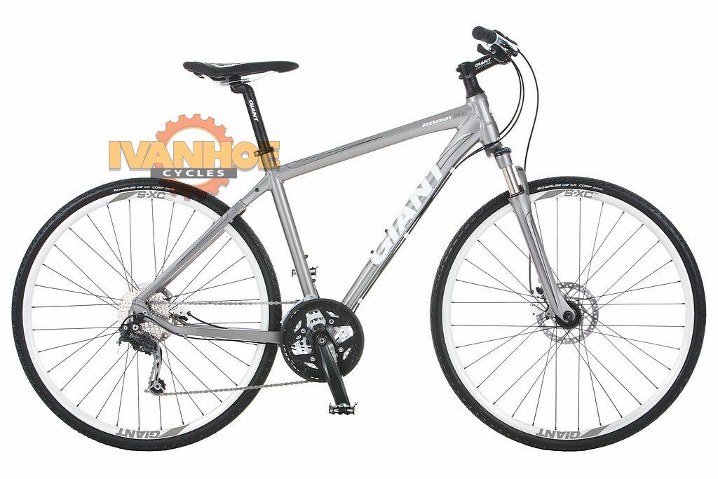 Giant Roam Xr 2 Hydraulic Breaks Hybrid Bike Excersize Bike