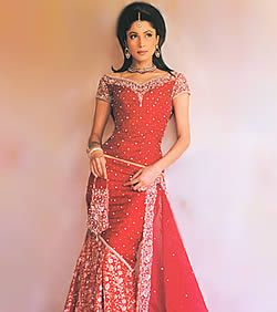 Deep Red and Champagne Gharara Typical Traditional Pakistani Bride ...