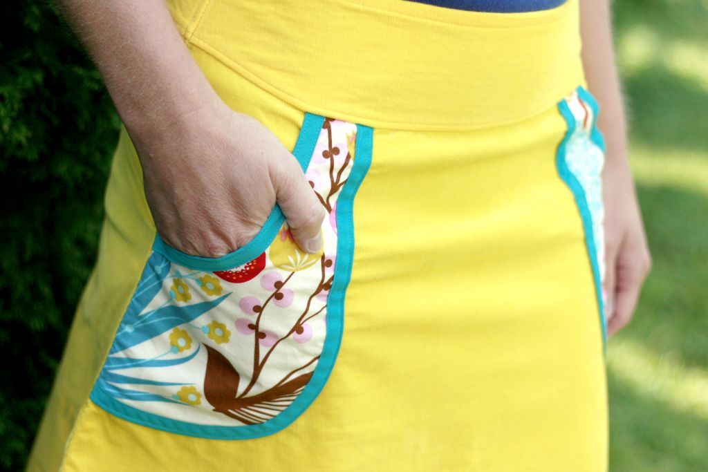 How to Add Pockets to Any Skirt! Tutorial and Free Pattern | Sewing ...