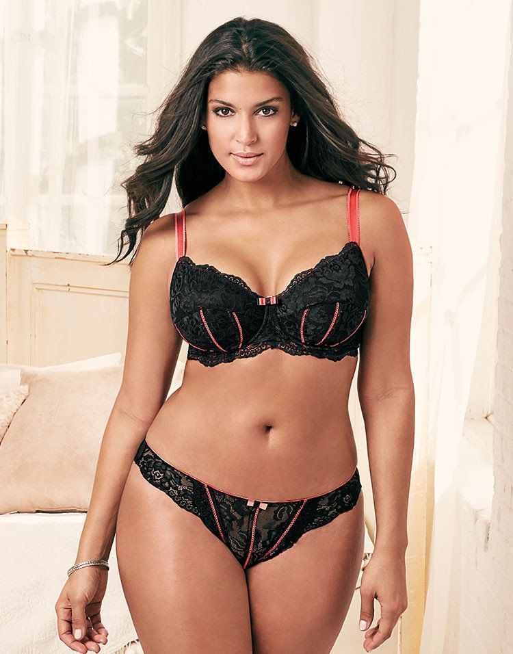 93e74b834a72d The Curvy Fashionista | Adore Me Valentine's Day Plus Size Lingerie  Lookbook | The Curvy Fashionista