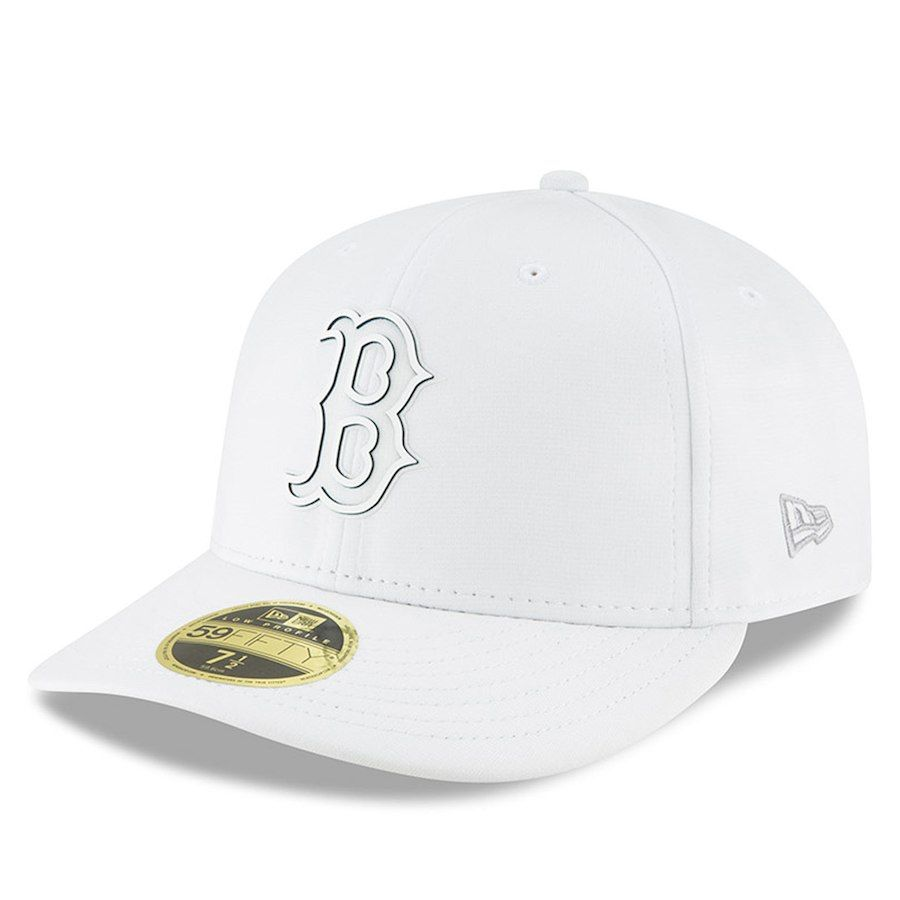 Men s Boston Red Sox New Era White 2018 Clubhouse Collection Low Profile 59FIFTY  Fitted Hat c97314028876