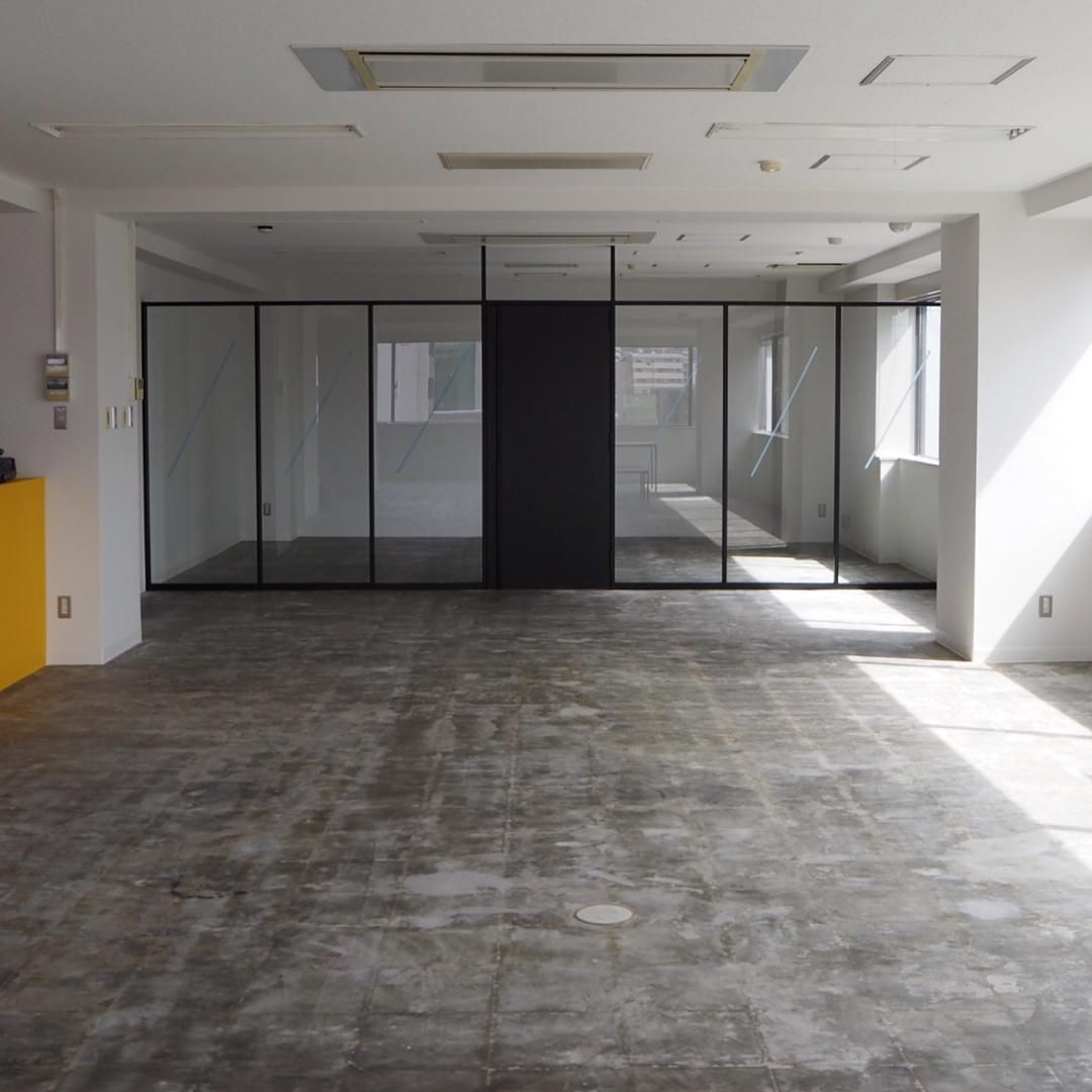 Steel door, handle, office, interior, fittings, partition, partition, design / bowlpond / bowl pond