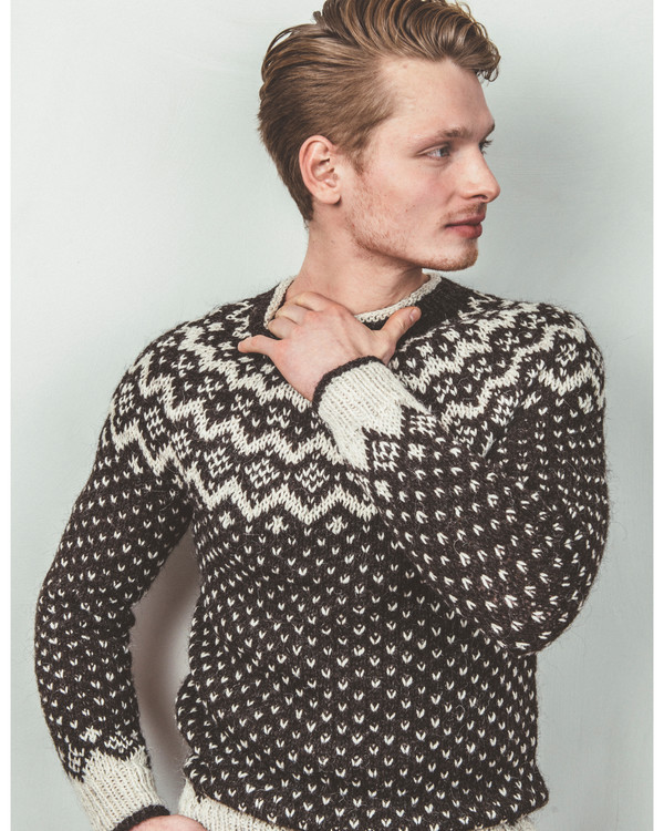 Genser SNFDK | Knittingroom | Tovet genser, Genser